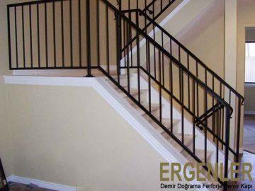 ergenler-demir-dograma-merdiven-korkuluk-demiri-3