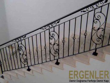 ergenler-demir-dograma-merdiven-korkuluk-demiri-4