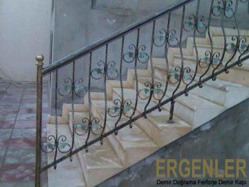 ergenler-demir-dograma-merdiven-korkuluk-demiri-8